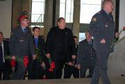 Ветераны идут к месту гибели Николая Ситникова.